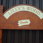 Upright lillyswood